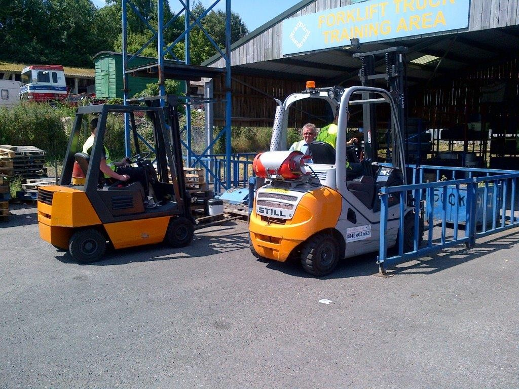 Forklift truck training trans plant mastertrain transport who requires fork lift training xflitez Choice Image